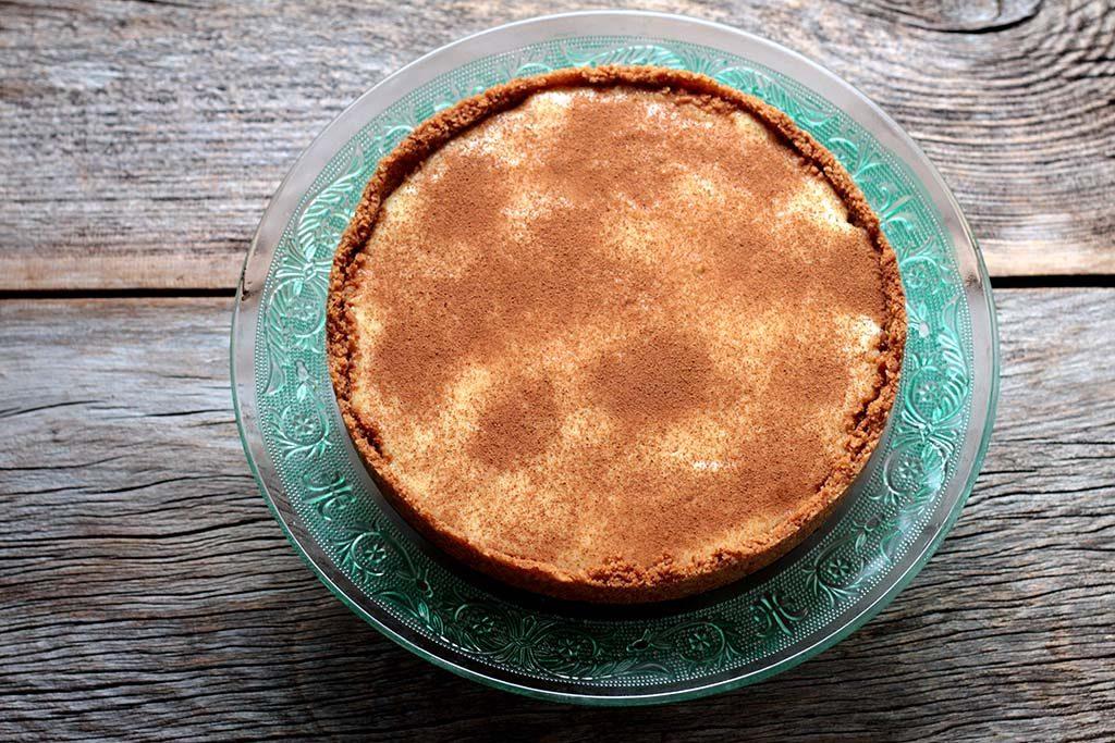 Torta gelada de maçã com canela - Fácil