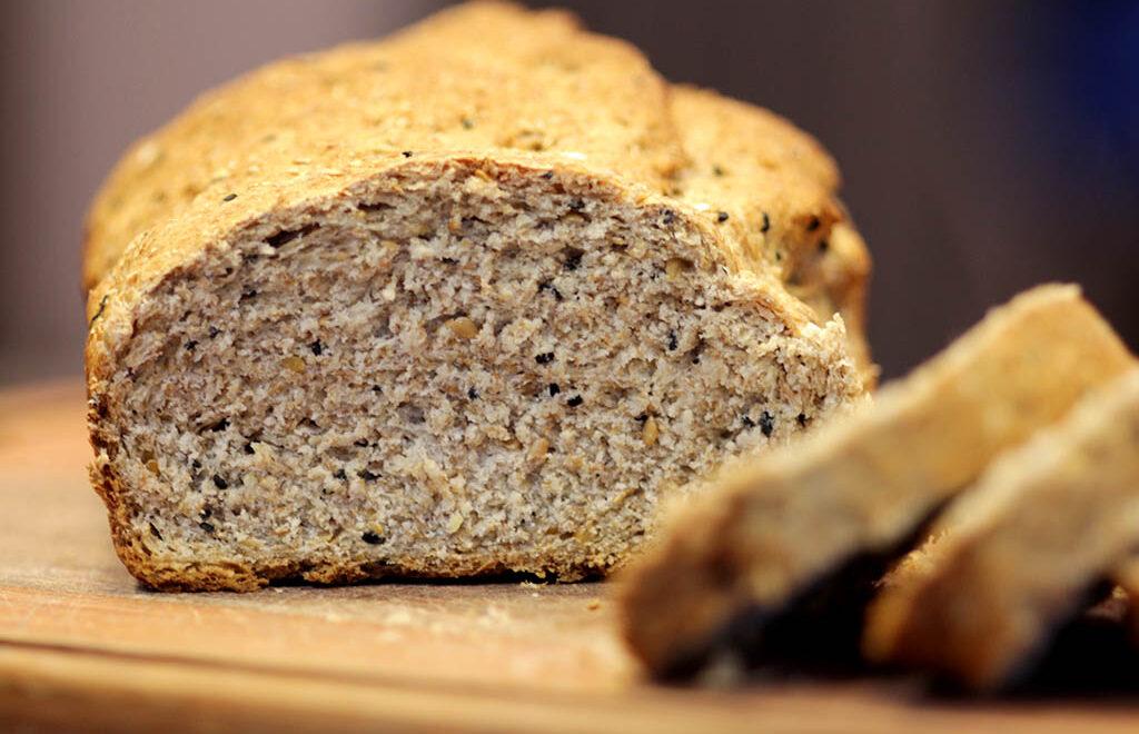 Pão integral com cereais – Saudável e macio