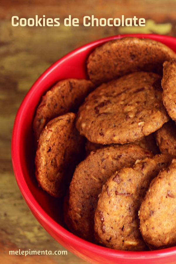 Cookies de chocolate - Uma receita deliciosa e saudável para você fazer em casa. Junte a família e faça os biscoitos em casa, é mais saudável e muito mais saboroso.
