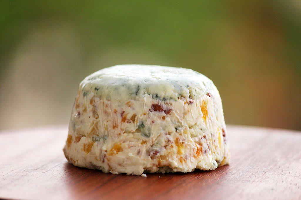 Receita de pasta de gorgonzola, damasco e nozes