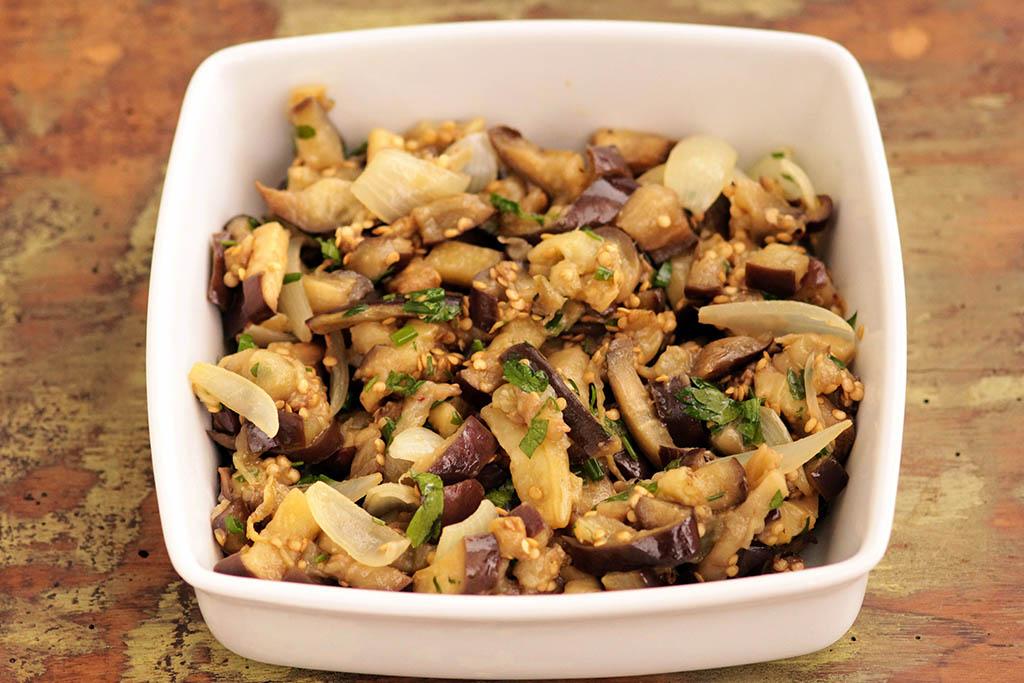 Salada morna de berinjela