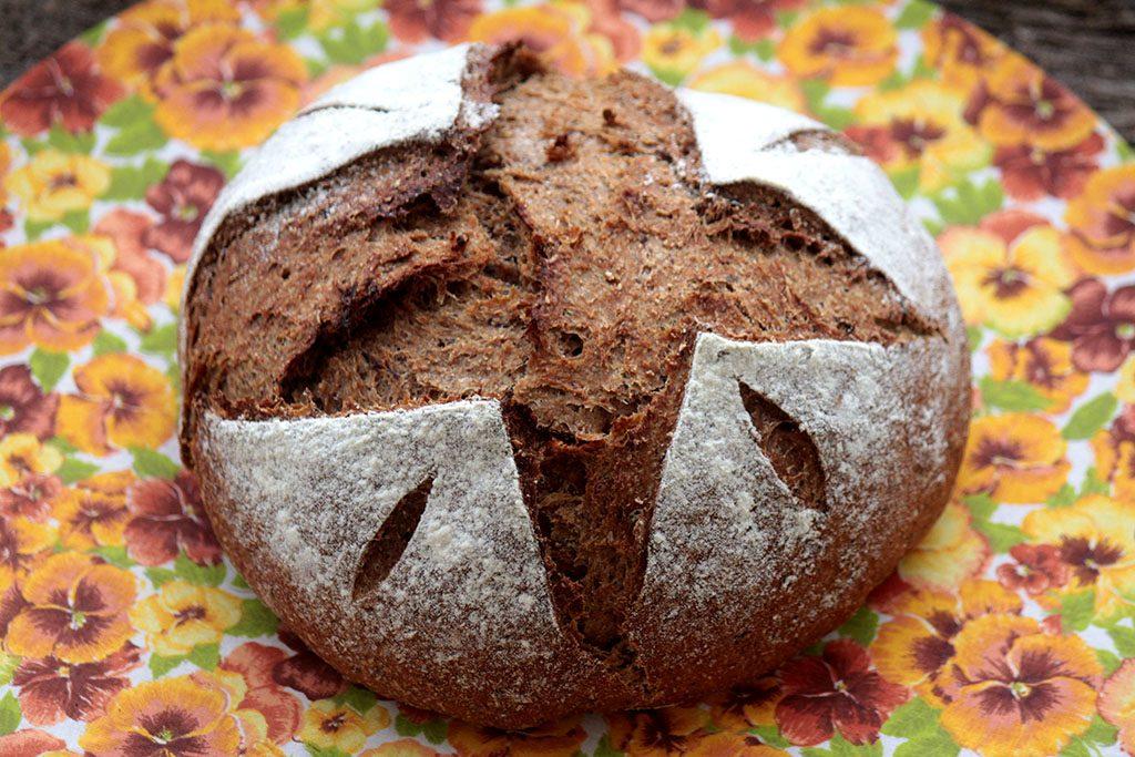 Como fazer pão integral de ameixa