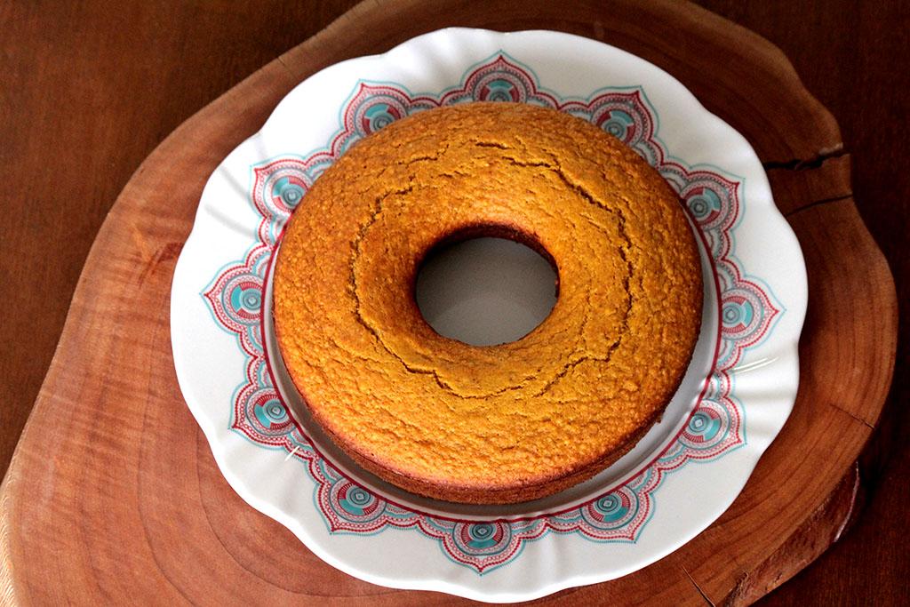 Receita de bolo de cenoura sem glúten e funcional