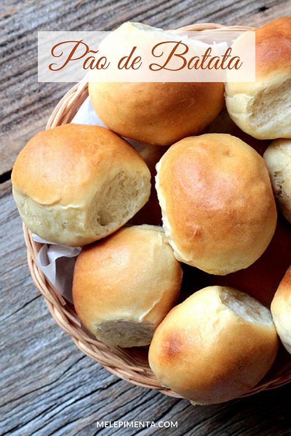 Prepare esse pão de batata fofinho e amanteigado na sua casa. Confira a receita desse pãozinho delicioso e deixe o aroma de pão fresco tomar conta da sua casa. Ele é macio, leve e fácil de fazer, perfeito para o café da manhã, piqueniques e para a lancheira das crianças.