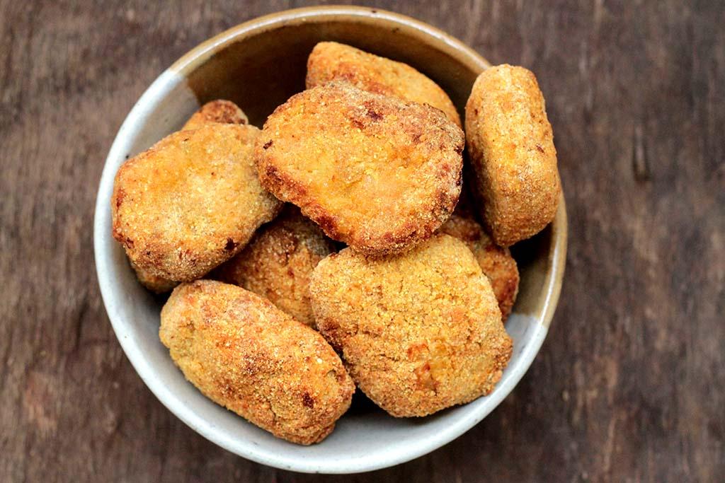 Nuggets de frango caseiros - Fácil e nutritivo