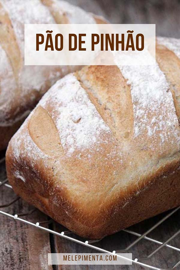 Aprenda a fazer essa receita de Pão de Pinhão caseiro e muito saboroso. O pinhão confere um sabor delicado e deixa esse pão denso, mas deliciosamente macio.