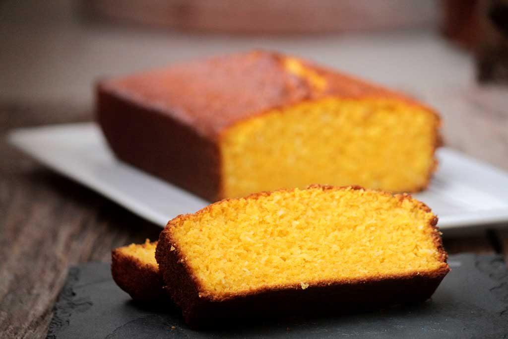 Receita fácil de bolo de abóbora e coco