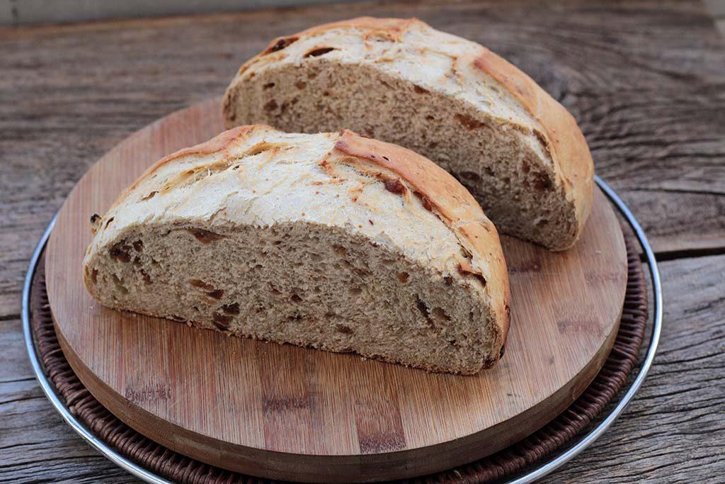 Receita de pão caseiro com figos turcos
