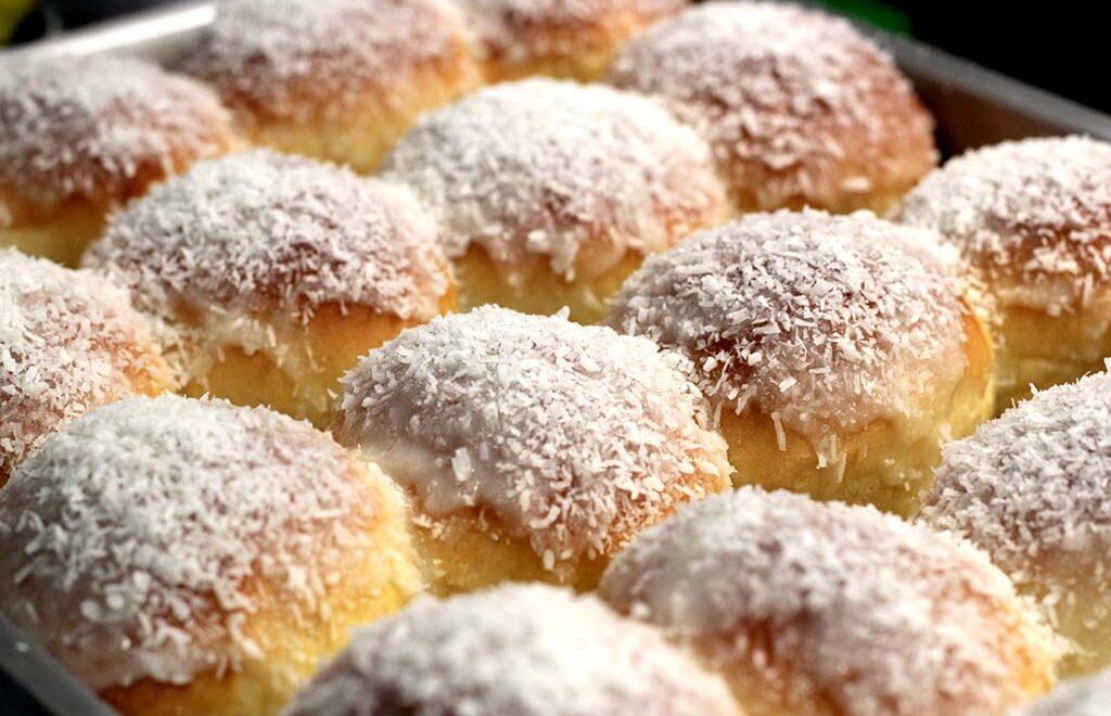 Pão doce de coco e creme – Fofinho e delicioso