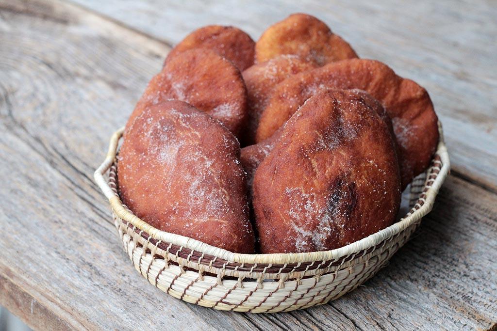 Pão frito - Massa de pão frita e deliciosa