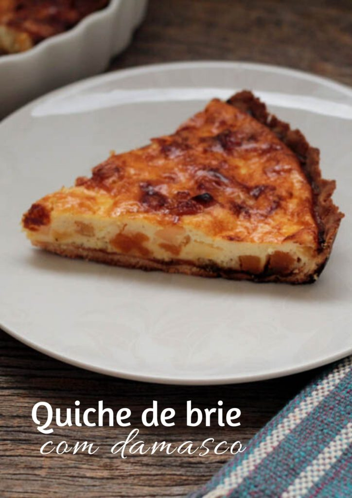 Quiche de damasco com queijo brie