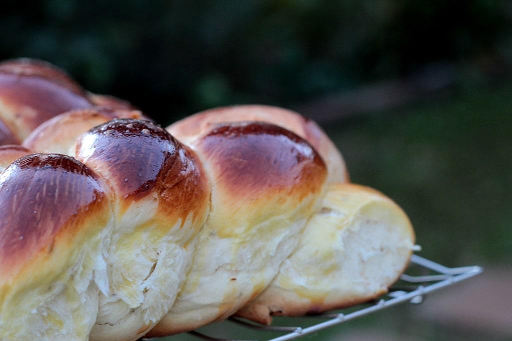 Pão de massa doce trançado