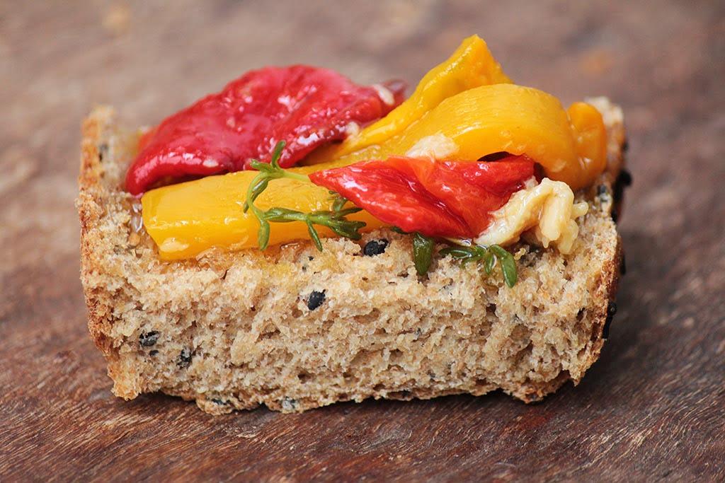 Conserva de pimentão e alho assado